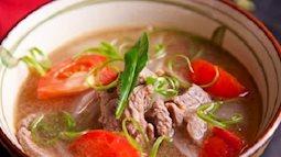 Cuối tuần đầu tư cho nấu canh thịt bò cà chua để bữa cơm thêm ngon miệng
