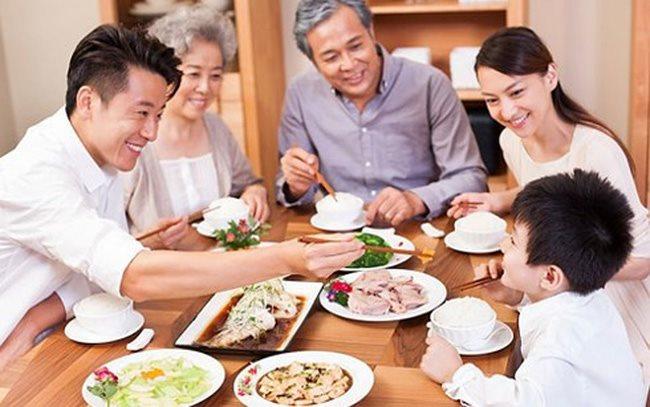 Chặn đường lây nhiễm của khuẩn đường ruột Salmonella bằng thói quen ăn uống hết sức đơn giản sau