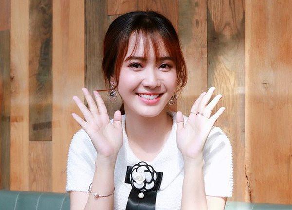"""Hai ngôi sao Trấn Thành, Ngô Kiến Huy """"giúp sức"""" kiếm người yêu cho Jang Mi"""