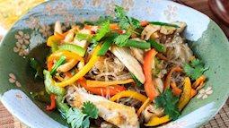 Miến xào thịt gà vừa dễ ăn lại bổ dưỡng