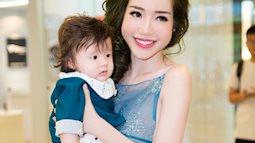 Ngắm vẻ đáng yêu của mẹ con Elly Trần khi đi ăn cùng nhau