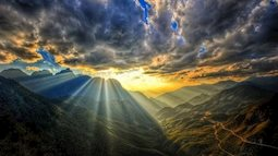Hoàng Liên Sơn được mệnh danh là dãy núi hấp dẫn nhất hành tinh