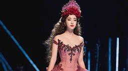 """Ngắm các nàng hậu Việt Nam hoá nữ thần trong show """"Mirror Mirror"""""""