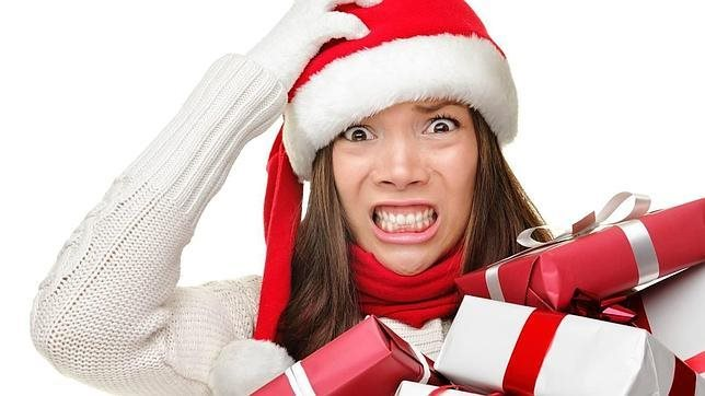 Nghiện mua sắm cuối năm, nhiều chị em lâm cảnh nợ nần sau Tết
