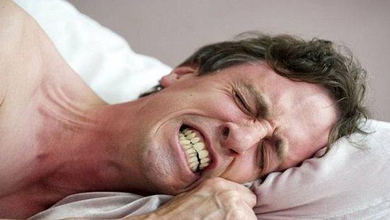 Hiện tượng nghiến răng khi ngủ mách bảo điều gì về sức khỏe của bạn?