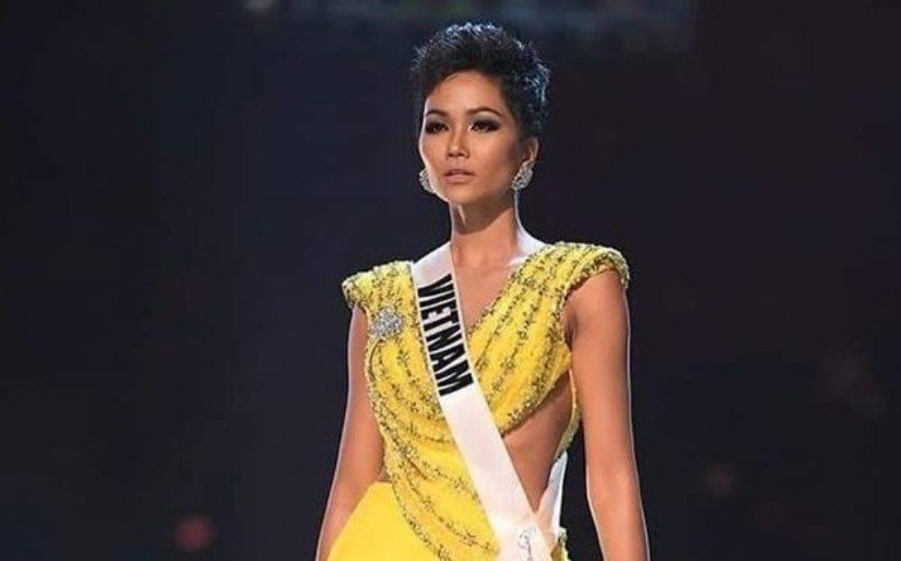 Học sinh giỏi văn làm bài thi về Lọ Lem Hoa hậu H'Hen Niê