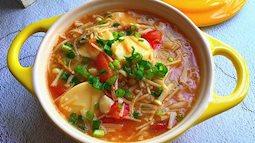 Súp nấm kim châm, đậu phụ cho bữa ăn nhẹ ấm cúng