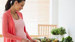 Những loại rau tốt cho trí não của thai nhi ngay trong 3 tháng đầu