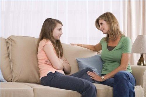3 'khẩu quyết' cha mẹ nên dạy con gái tuổi teen
