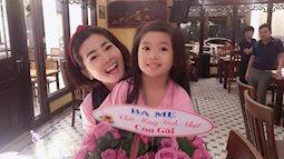 Ấm áp sinh nhật của Mai Phương bên người thân, vượt qua đau đớn bệnh tật