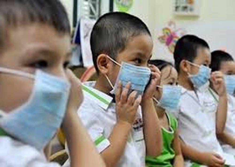 Hong Kong đóng cửa hàng loạt trường học do dịch cúm bùng phát