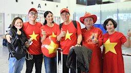 Hoa hậu Ngọc Hân thiết kế áo dài tặng U23 trước tứ kết Asian Cup