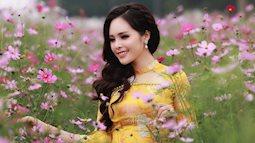 Mỹ nhân Bolero Lê Xuân dịu dàng khoe sắc với hoa xuân