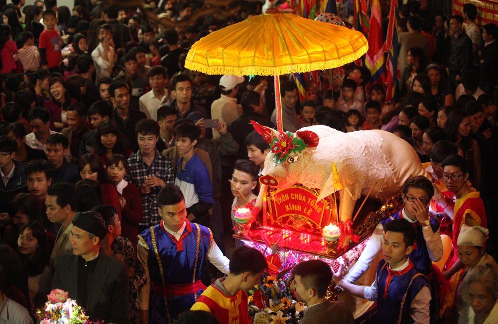 Những độc đáo ở lễ rước 'Ông lợn' ngày 13 tháng Giêng ở La Phù năm nay
