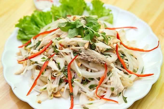Thịt gà luộc dư thừa trong ngày Tết có thể biến tấu thành những món ăn  chống ngấy sau - Làm cha mẹ