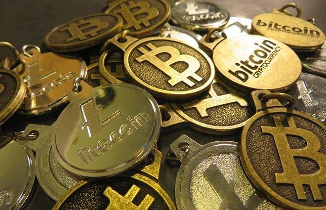 Bitcoin và hàng loạt tiền điện tử bất ngờ tăng giá mạnh