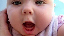 Thiếu canxi không phải là yếu tố duy nhất khiến trẻ chậm mọc răng