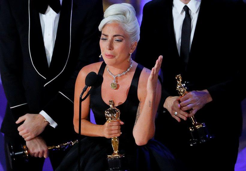 """Lễ trao giải Oscar 2019: Lady Gaga ẵm tượng vàng với nhạc phim """"Shallow"""""""