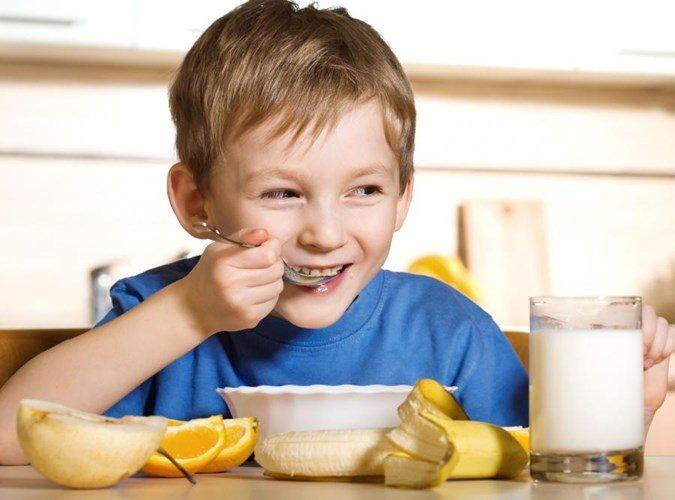 7 thứ bệnh trẻ sẽ mắc phải nếu không ăn sáng đầy đủ