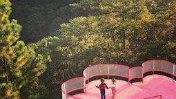 """""""Sống ảo"""" dịp 8/3: Dẫn bạn gái đến Đà Lạt ngay để chụp ảnh trên cầu trái tim mới toanh"""