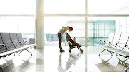 Chuyện lạ có thật: Máy bay quay đầu khẩn cấp vì hành khách bỏ quên con tại sân bay