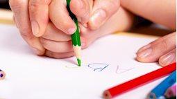 3 tác hại khi bố mẹ ép con học chữ trước khi vào lớp 1
