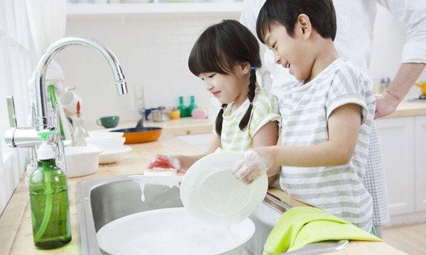 6 quy tắc nuôi dạy trẻ phát triển một cách tích cực