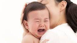 Trẻ hay quấy khóc vì bị còi xương từ trong bụng mẹ