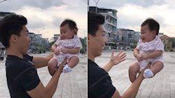Hoàng tử xiếc Quốc Nghiệp làm khán giả thót tim khi nâng con gái 3 tháng tuổi bằng một tay