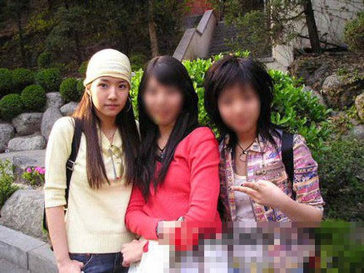 """Sự thực bất ngờ quanh bức ảnh khiến Park Min Young gắn liền với biệt danh """"nữ hoàng dao kéo"""" - Ảnh 5."""