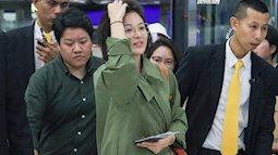 Sao nhí một thời Kim Yoo Jung quá xinh sau khi cắt tóc, Song Hye Kyo gây chú ý vì liên tục che bụng tại sân bay