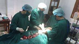 Huy động máu cứu sống sản phụ chửa ngoài tử cung vỡ ngập ổ bụng