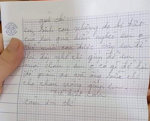 Mẹ bế con gửi cho người lạ rồi bỏ đi: Hé lộ lá thư tay xót xa của người mẹ - Ảnh 2.