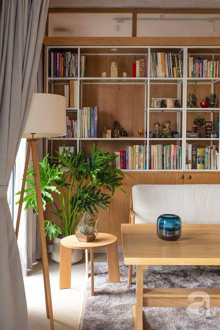 Cuộc sống vừa đủ của gia đình từ bỏ ngôi nhà rộng 200m² để chuyển đến căn hộ 70m² ngập tràn ánh sáng ở Sài Gòn - Ảnh 6.