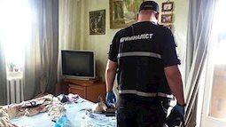 Thấy mùi hôi thối từ nhà hàng xóm, người dân báo cảnh sát và phát hiện cảnh tượng đáng sợ