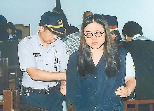 Vụ án gây chấn động Đài Loan: Thi thể cháy đen của nữ sinh viên cùng chiếc bao cao su đã dùng tố cáo tội ác man rợ của cô bạn thân cùng phòng yêu mù quáng - Ảnh 3.