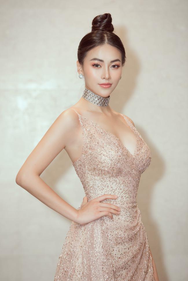 Vượt Ngọc Trinh, Phương Khánh bất ngờ gia nhập hội mỹ nhân eo con kiến với số đo 54cm - Ảnh 1.