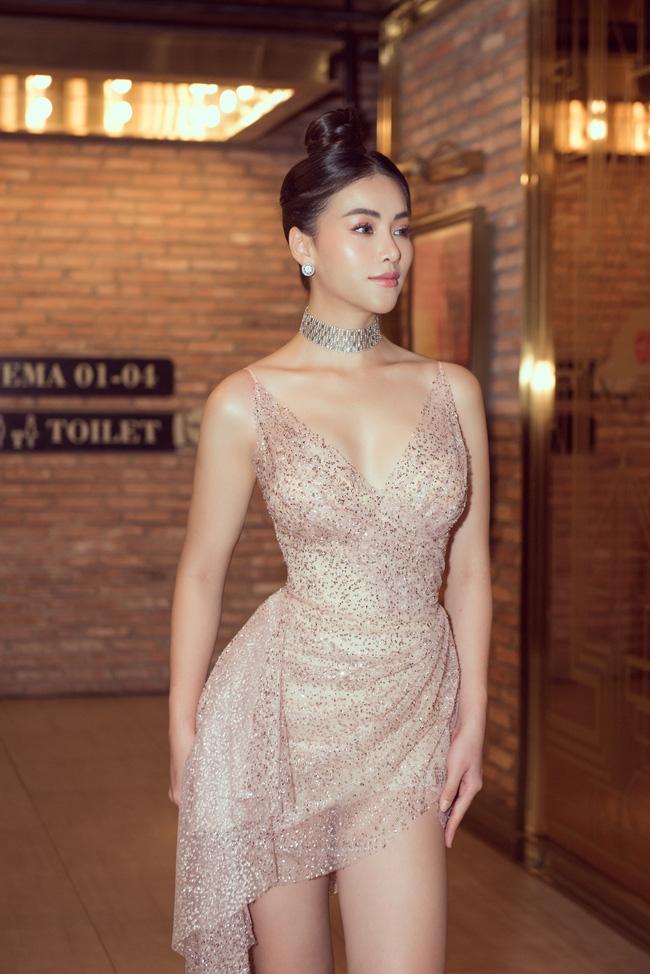 Vượt Ngọc Trinh, Phương Khánh bất ngờ gia nhập hội mỹ nhân eo con kiến với số đo 54cm - Ảnh 9.