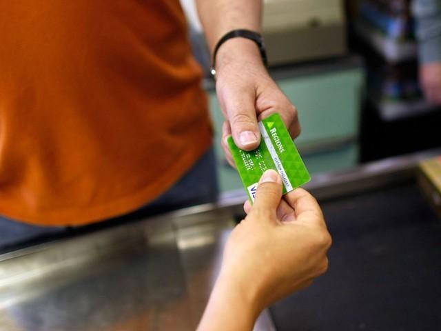 """Bạn đang """"vung tay quá trán"""" nếu tiêu tiền theo 7 cách này, hãy dừng lại trước khi rỗng túi! - Ảnh 3."""
