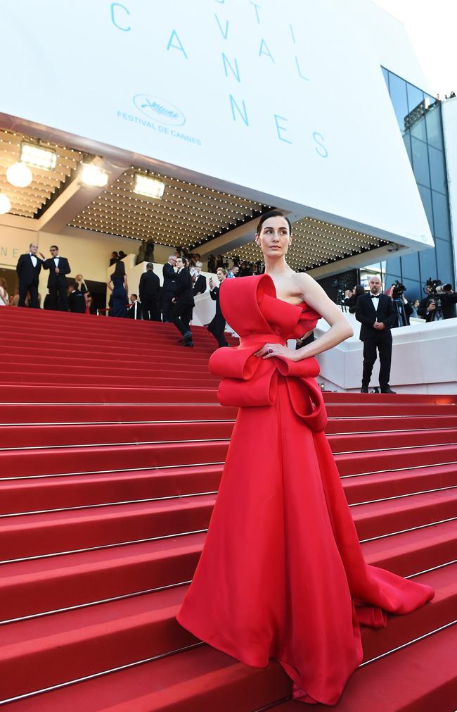 Những bộ đầm đỏ đẹp nhất qua các mùa Cannes: Phạm Băng Băng với  xưng danh nữ hoàng thảm đỏ nhưng vẫn thua hẳn Lý Nhã Kỳ  - Ảnh 6.
