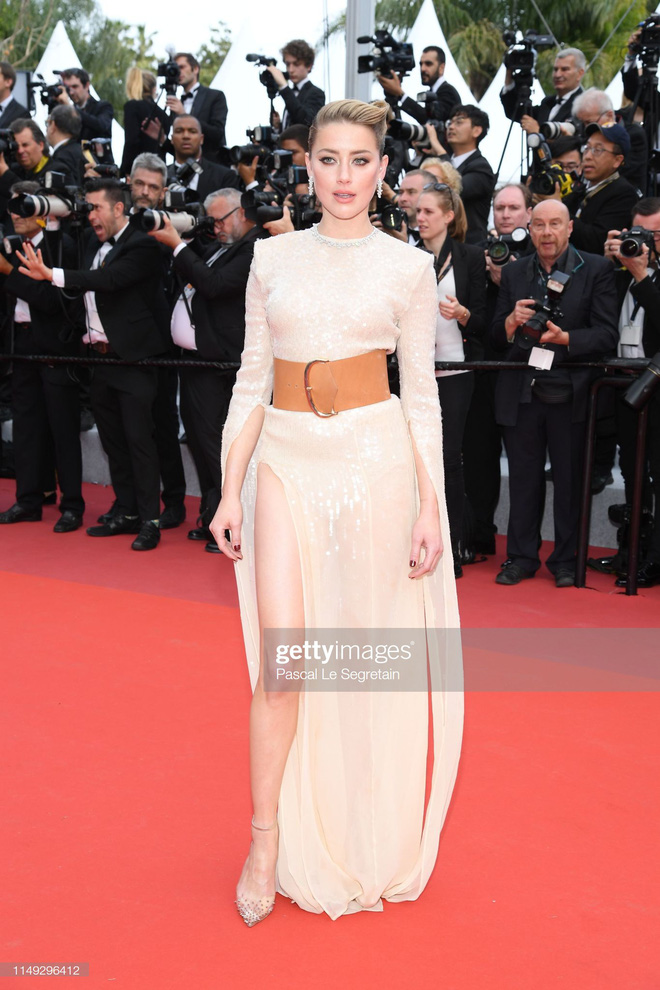 Thảm đỏ Cannes ngày 2: Thiên thần Victorias Secret suýt lộ hàng, Phạm Băng Băng Thái Lan xinh như tiên tử - Ảnh 14.