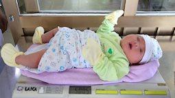 Em bé ở Quảng Ninh chào đời nặng hơn 5kg