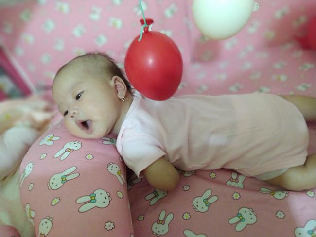 Không thể chịu nổi cảnh đêm nào cũng bế con ngủ, mẹ Đồng Nai quyết tâm luyện con ngủ xuyên đêm từ 2,5 tháng tuổi  - Ảnh 5.