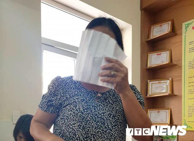 Đánh tới tấp vào đầu nhiều học sinh ở Hải Phòng: Nữ giáo viên bị buộc thôi việc - Ảnh 1.