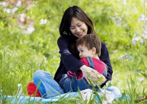 Cặp vợ chồng lười biếng dạy con theo cách không bao giờ ép buộc chúng làm điều gì, mười mấy năm sau có kết quả gây sốc - Ảnh 3.