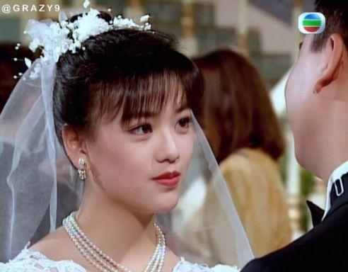 27 mỹ nhân tuyệt sắc Hong Kong mặc váy cưới tinh khôi, Lê Tư hay Châu Huệ Mẫn mới kinh diễm hơn cả? - Ảnh 15.