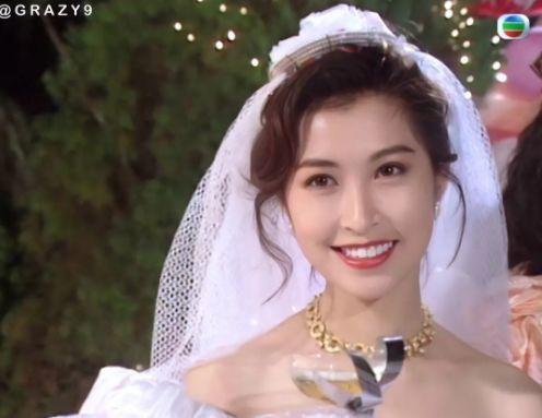 27 mỹ nhân tuyệt sắc Hong Kong mặc váy cưới tinh khôi, Lê Tư hay Châu Huệ Mẫn mới kinh diễm hơn cả? - Ảnh 28.