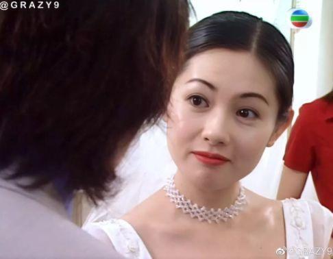 27 mỹ nhân tuyệt sắc Hong Kong mặc váy cưới tinh khôi, Lê Tư hay Châu Huệ Mẫn mới kinh diễm hơn cả? - Ảnh 7.
