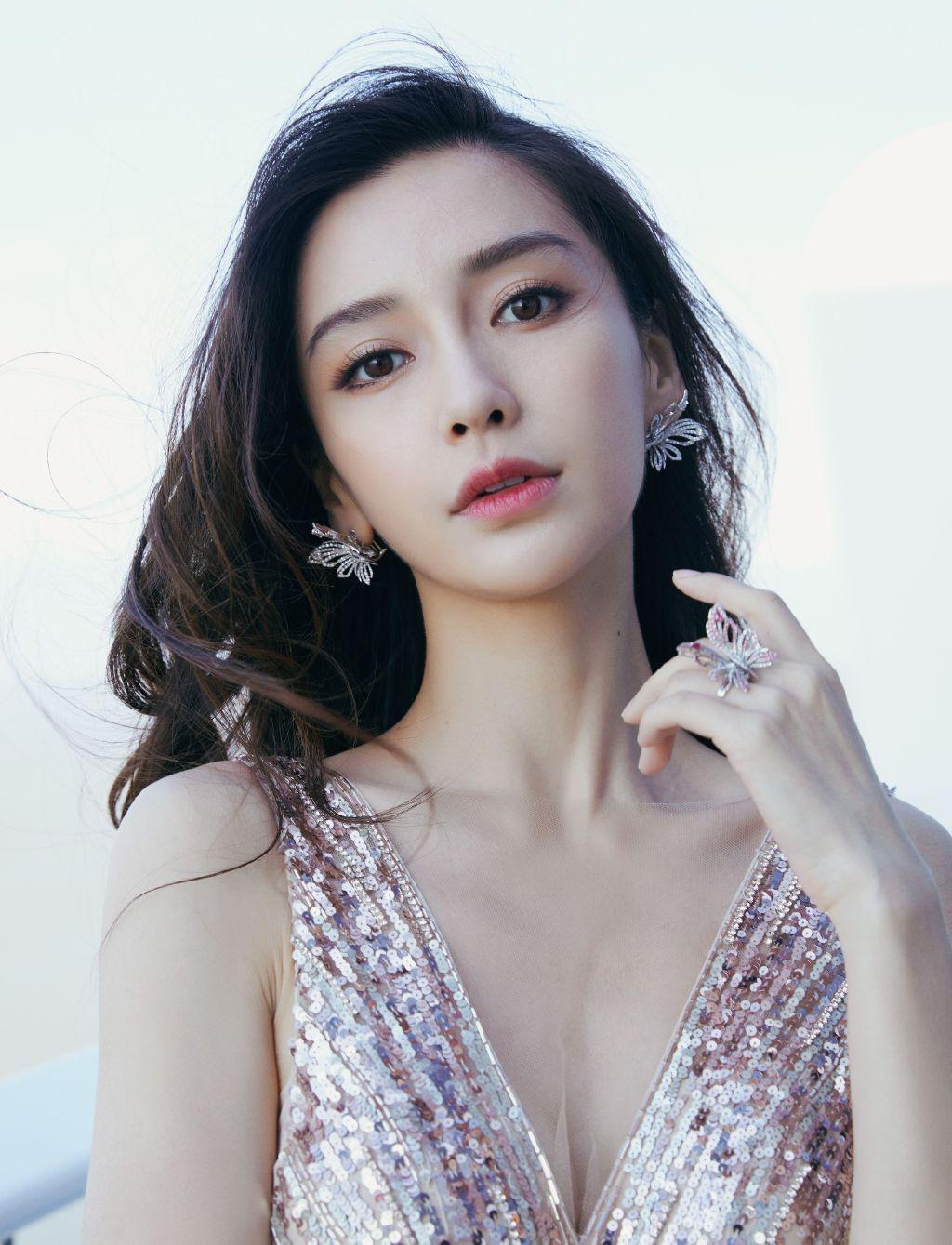 9 mỹ nhân đẹp nhất Trung Quốc do truyền thông Nhật Bản bình chọn: Phạm Băng Băng bất bại, Nhiệt Ba mất hút - Ảnh 2.
