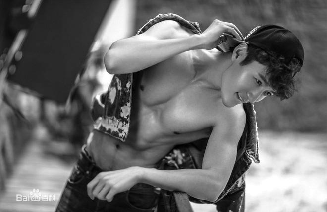 9 trai đẹp họ Cố tốt số của màn ảnh Hoa Ngữ: Dương Dương không chịu khó cởi nên kém hot hơn số 5 - Ảnh 24.